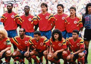 FUTBOL:  MUNDIAL ITALIA 90  SELECCION COLOMBIA , ARRIBA DE IZQ A DER: FREDY RINCON, LUIS CARLOS PEREA, ANDRES ESCOBAR, GILDARDO GOMEZ, GABRIEL JAIME GOMEZ Y RENE HIGUITA. INCADOS DE IZQ ADER: CARLOS VALDERRAMA, CARLOS ENRRIQUE ESTRADA, LUIS FERNANDO HERRERA, LEONEL ALVAREZ Y LUIS ALFONSO FAJARDO.  [OPACO] AGOSTO DE 1990 PARA DIGITALIZAR